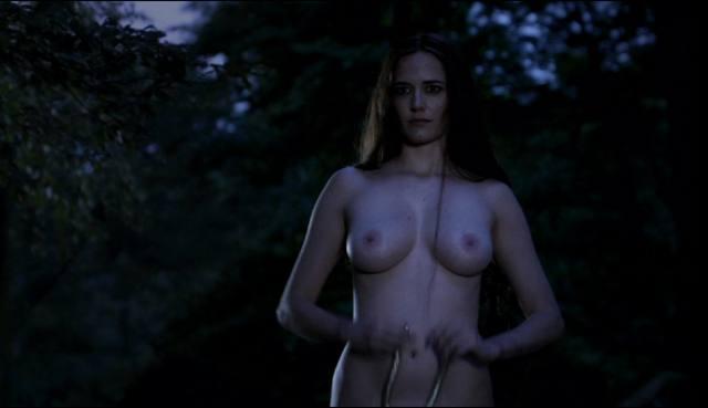 Atriz Eva Green Artemísia de 300 a ascensão do império pelada em cenas de sexo 13