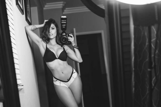 Com vocês fotos da gostosa Tianna Gregory nude 20