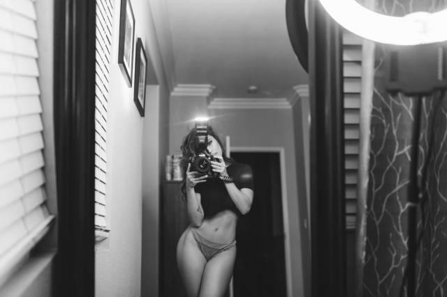 Com vocês fotos da gostosa Tianna Gregory nude 21