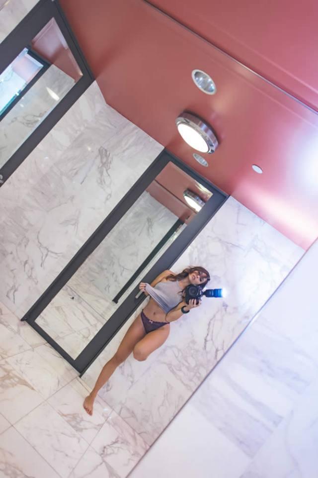 Com vocês fotos da gostosa Tianna Gregory nude 32
