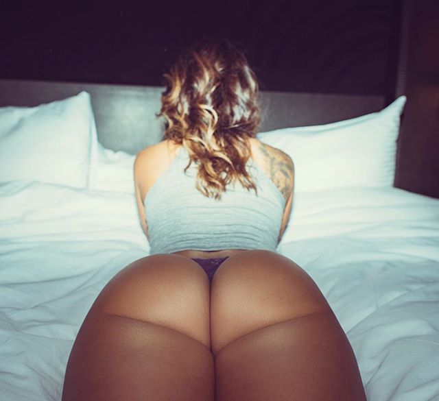 Com vocês fotos da gostosa Tianna Gregory nude 38