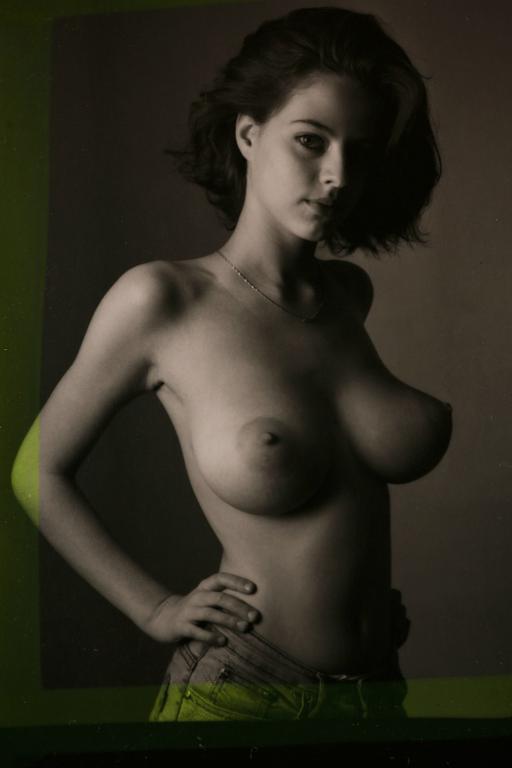 Ester, a novinha dos peitos naturais mais perfeitos que você vera hoje 15