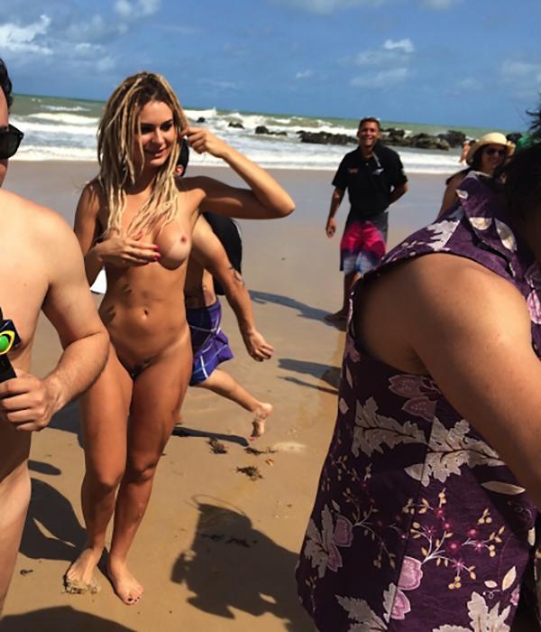 Mendigata Pelada na Praia de Nudismo Tambaba 6