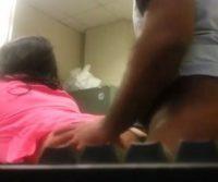 Funcionário demitido vaza vídeo intimo da mulher do chefe