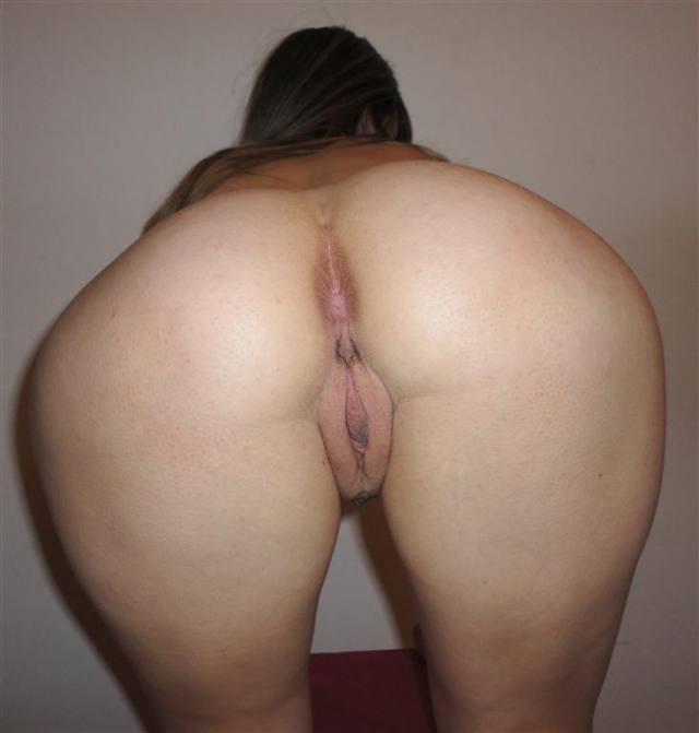 Tirando fotos da namorada ninfeta pelada 7