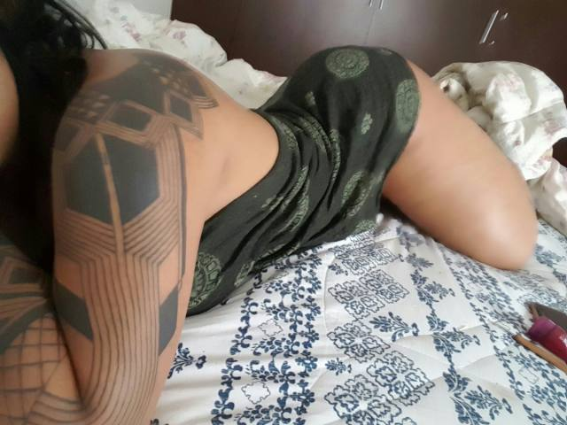 india-ayara-cavala-pelada-gostosa-demais-43