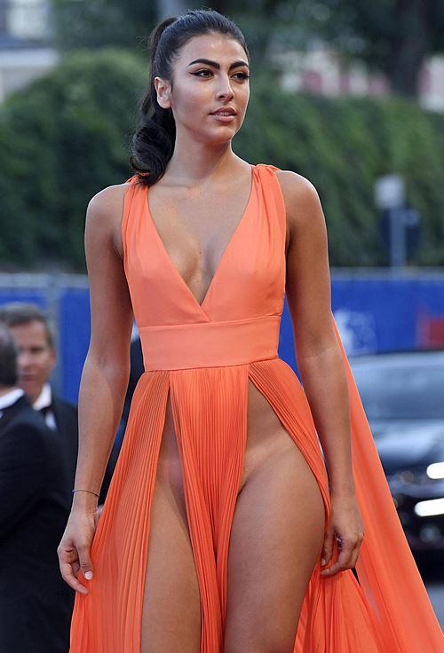 Modelos com roupas ousadas causaram no Festival de Veneza 2016 1