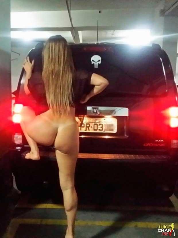 mulher-chega-bebada-e-tira-fotos-peladas-no-estacionamento-do-predio-4