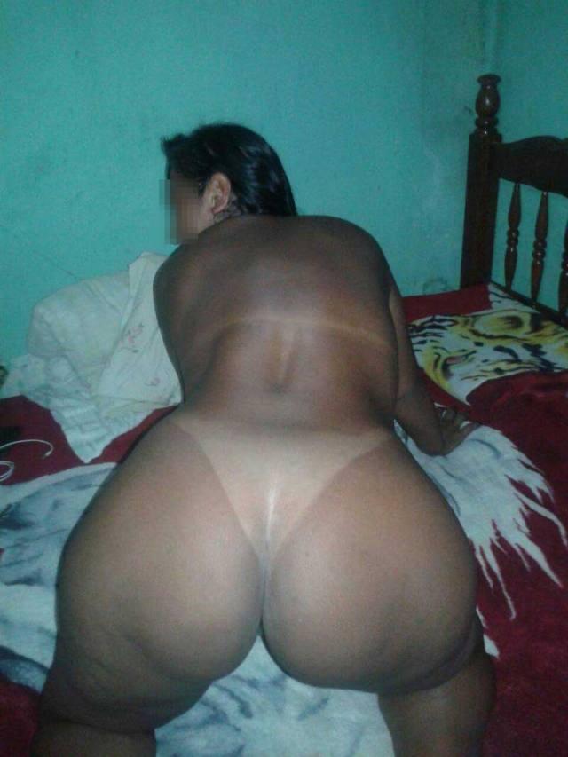 Morena rabuda deliciosa na webcam 8