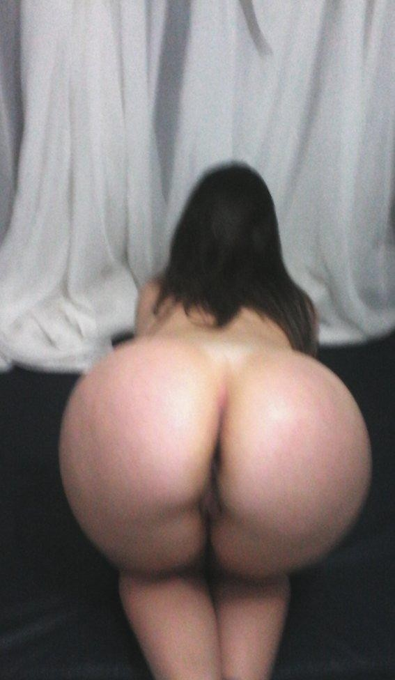 Morena rabuda confiou no namorado e caiu na net