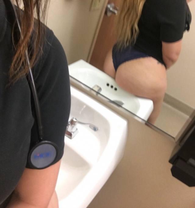 Enfermeira rabuda caiu na net no banheiro do hospital