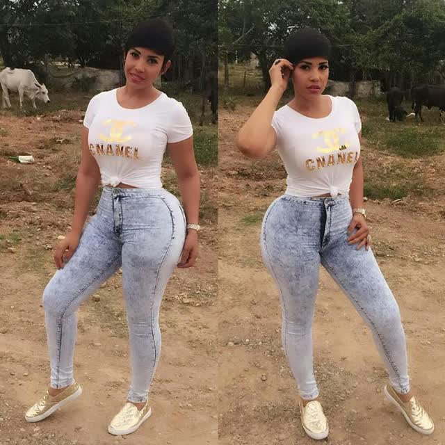Ana carolina presentadora Dominicana mega gostosona 12