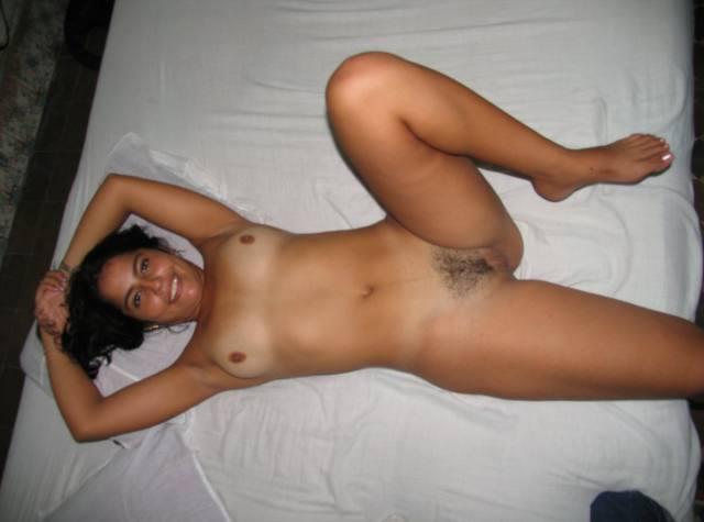 Suelen, novinha linda muito gostosa caiu na net 24