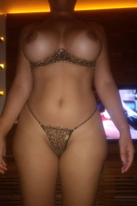 Mulata muito gostosa sensualizou e caiu na net 7