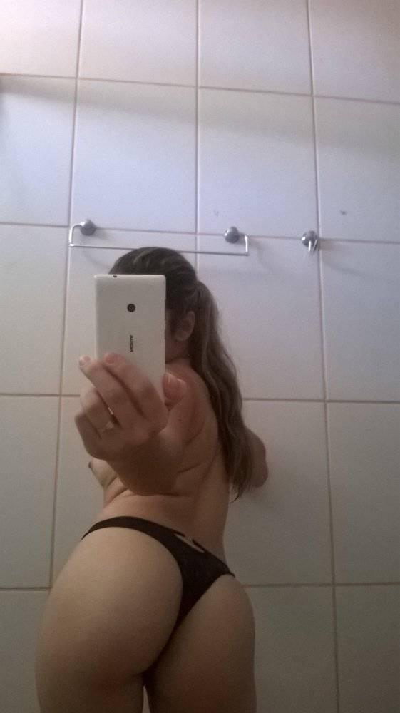 Safada rabuda perdeu o celular e caiu na net 10