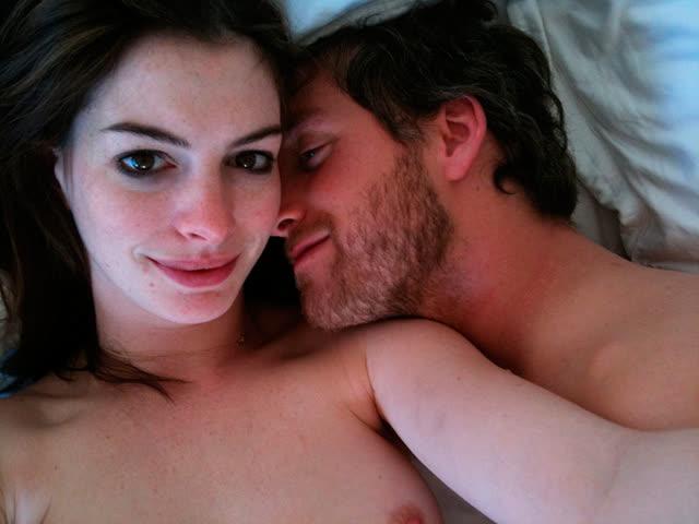 Anne Hathaway pelada, atriz famosa tem fotos intimas vazadas na internet 4