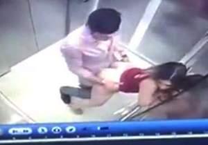 camera-de-seguranca-pega-casal-transando-dentro-do-elevador