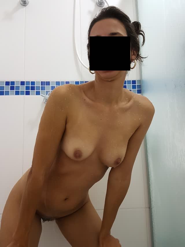 Fotos da esposa pelada tomando banho 3