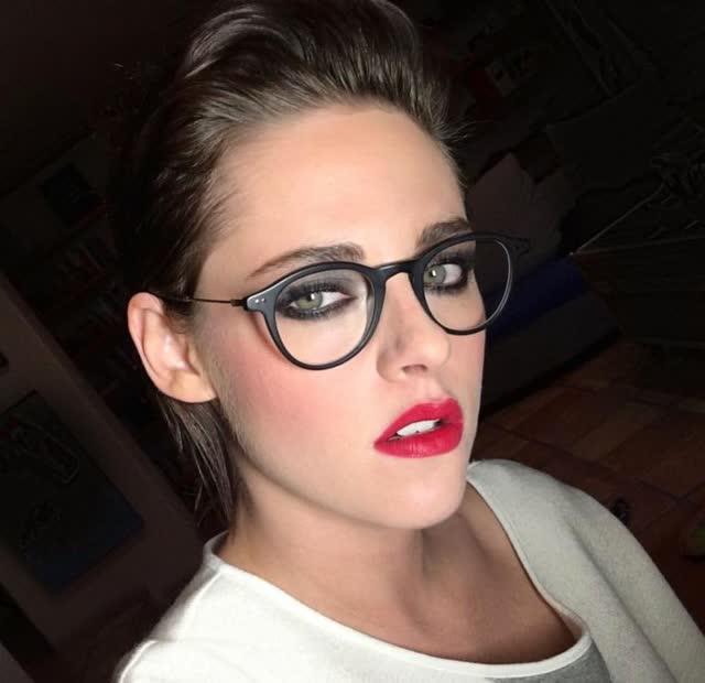Fotos intimas da atriz Kristen Stewart pelada é vazada por hacker 13