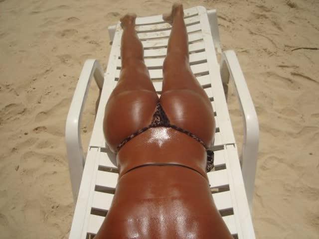Linda coroa carioca bronzeada bunduda com marquinha 9