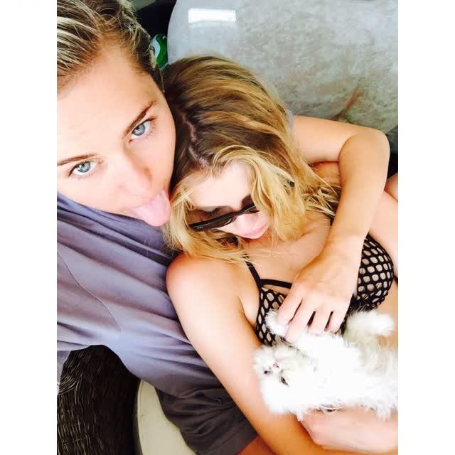 Miley Cyrus tem fotos intimas pelada vazadas por hacker confira 10