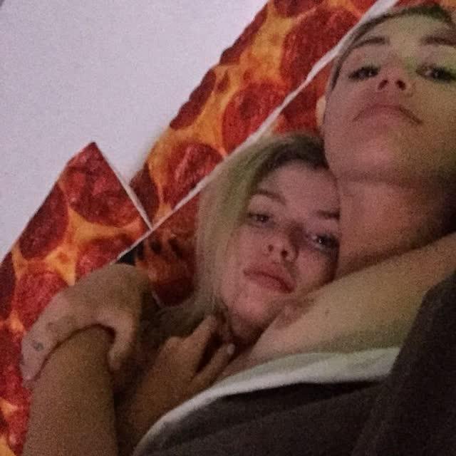 Miley Cyrus tem fotos intimas pelada vazadas por hacker confira 6
