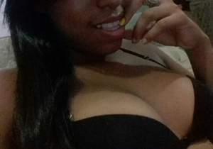 Claudia Carine gostosinha da favela
