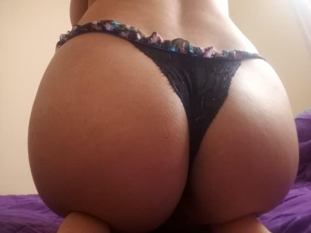 Fran, leitora do site gostosa tirando fotos intimas para o marido 6