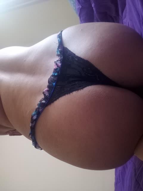 Fran, leitora do site gostosa tirando fotos intimas para o marido 7