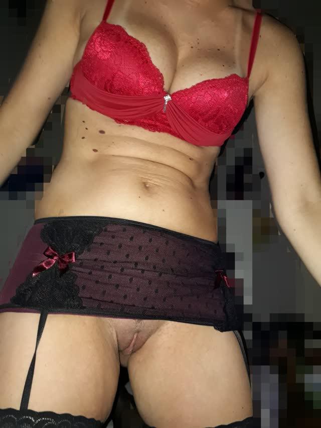 Casal Sampa - Novas fotos íntimas da esposa safada e tesuda 35