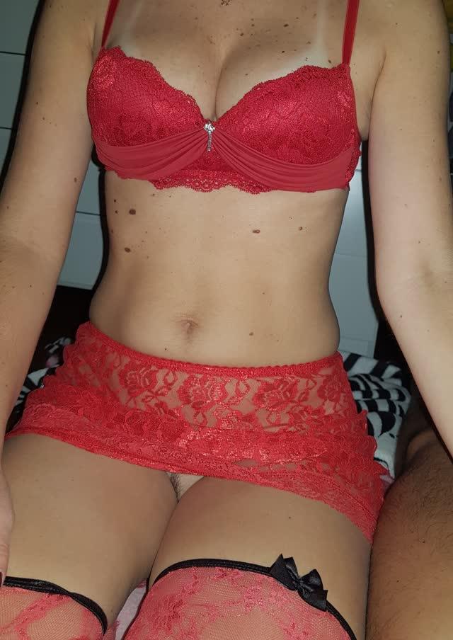 Fabi novinha peituda muito gostosa mostrando seus fetiches - casal sampa 1