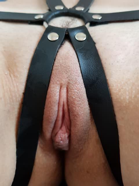 Fabi novinha peituda muito gostosa mostrando seus fetiches - casal sampa 38
