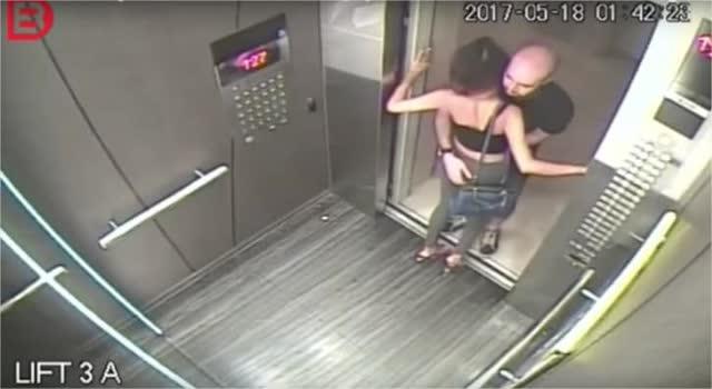 Filmagem em elevador flagra antes e o depois de uma garota de programa 3