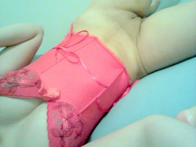 Novinha linda dos peitos perfeitos peladinha 16