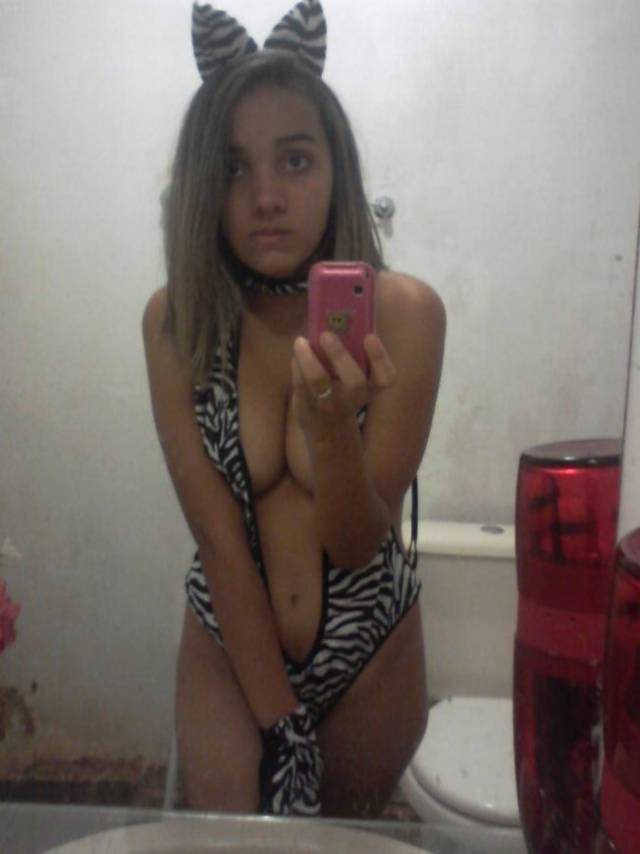 Daiane vazou com fotos intimas no whatsapp 3