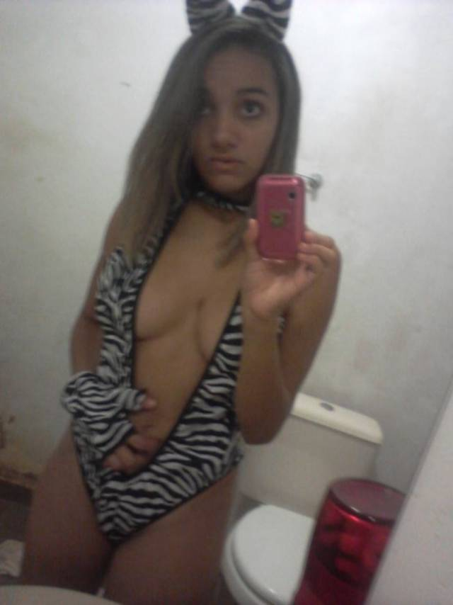 Daiane vazou com fotos intimas no whatsapp 4