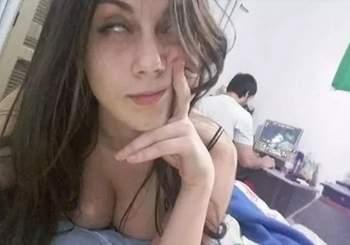 namorado_so_queria_saber_de_computador_novinha_mandou_nudes_41561541