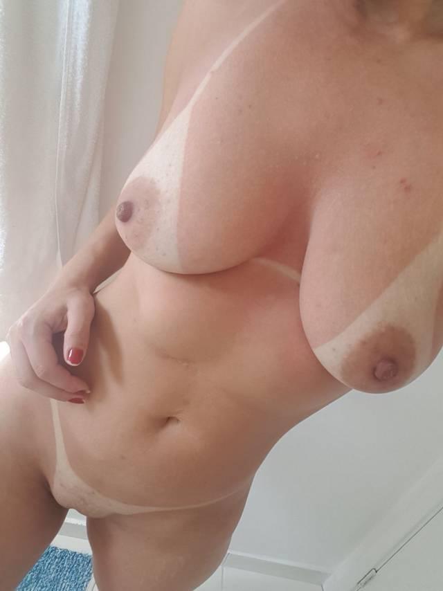 Gostosona da academia mostrando sua raba linda 9
