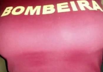bombeira-peituda-4514