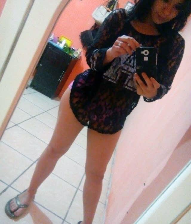 Cuzuda safadinha vazou no whatsapp com nudes peladinha 3