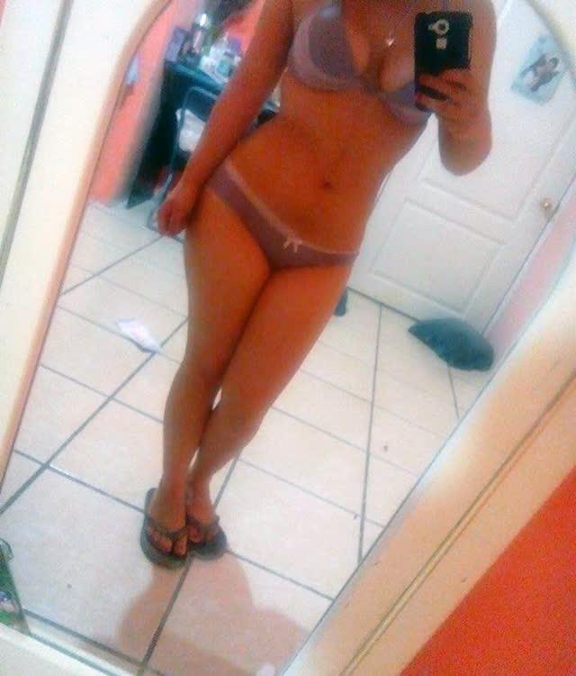 Cuzuda safadinha vazou no whatsapp com nudes peladinha 43