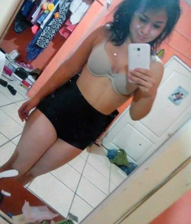 Cuzuda safadinha vazou no whatsapp com nudes peladinha 84