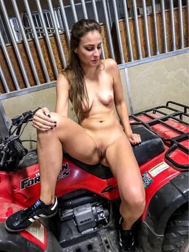 Natali secretaria loirinha caiu na net de ferias 2