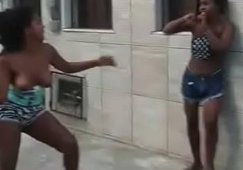 meninas-briga-62143