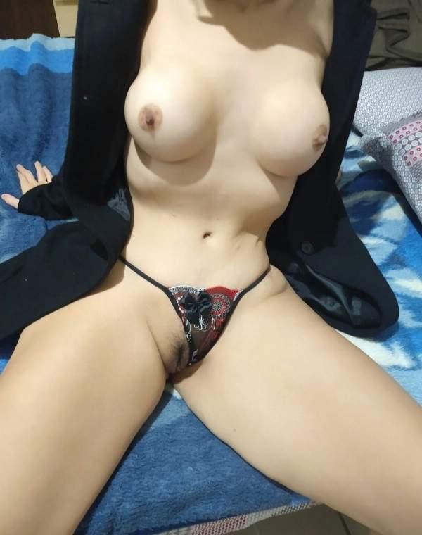 branquinha-de-sao-paulo-muito-gostosona-em-fotos-intimas-3