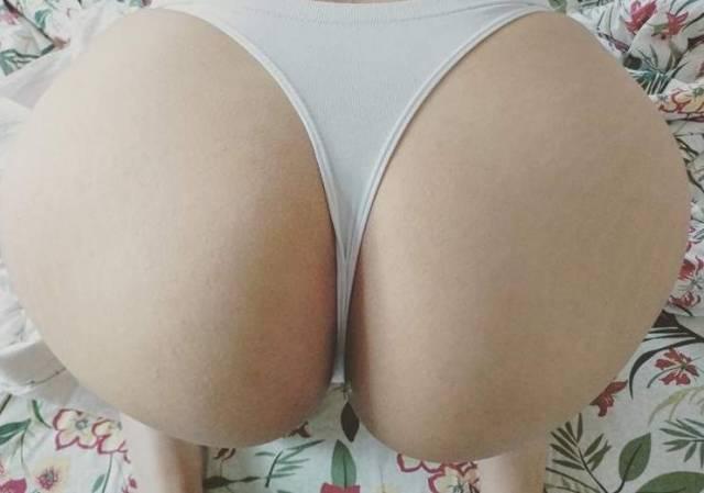 novinha-da-bunda-grande-e-branca-louca-por-anal-1