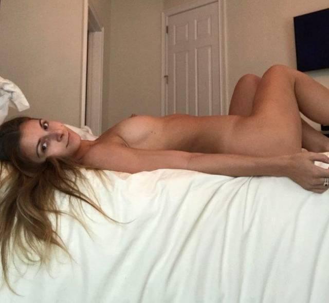 bruna-perdeu-celular-com-nudes-13