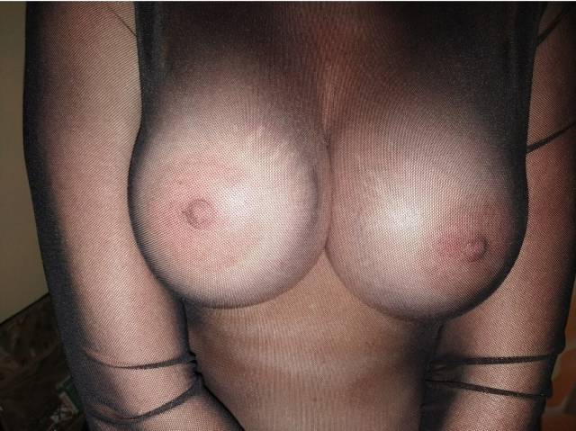 casal-peb-branquinha-delicia-peituda-4