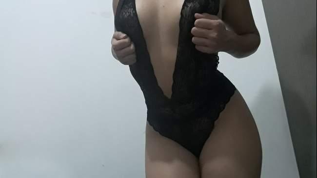 2 CameraHot Blog Agenda de GoldShow Ao Vivo Camgirl Iris Donovam anal e bdsm na webcam sexta-feira 13 porno